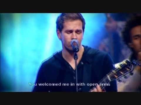 Hillsong United - Im Not Ashamed - With Subtitles/Lyrics - Saviour King DVD