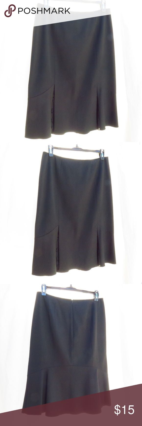 """Nine West Black Lace Tulip Pencil Skirt Excellent condition. Size:2 (Waist 28"""", Length 23"""")  Smoke-free, pet-free environment. Made China. Nine West Skirts Pencil"""