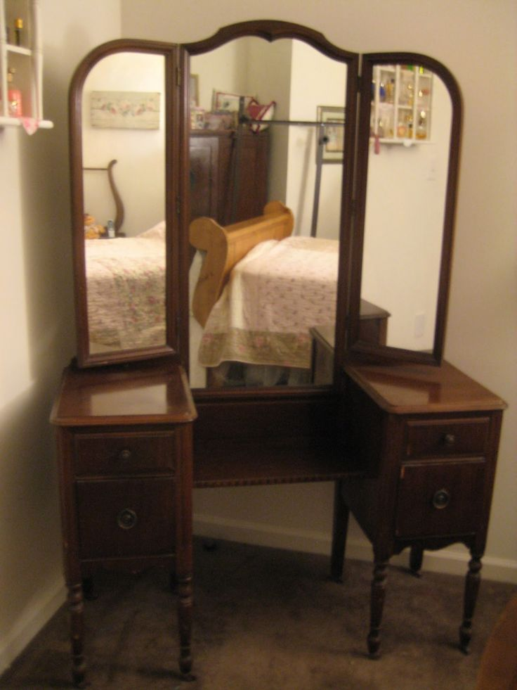 Bedroom Furniture Vanity Dressing Tables And Antique Ivory in sizing 3432 X  3896 Antique Dressing Table With Trifold Mirror - Painted cabinets, glass  knobs - Best 25+ Antique Makeup Vanities Ideas On Pinterest Vintage