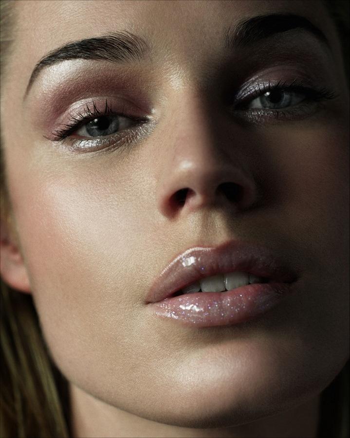 Rebecca Romijn - James White Photoshoot: Make Up, Makeup, Rebecca Romijn, Lips, Beautiful Faces, Beauty, Beautiful People, Eye