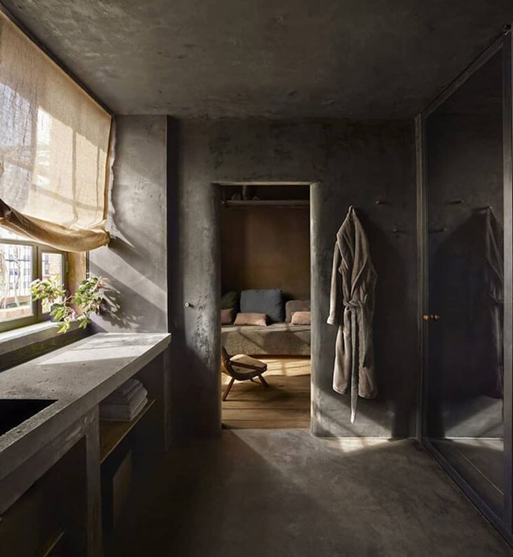 INTERIORS: Absolute hotel nirvana to be found in the Tribeca Penthouse at @thegreenwichhotel. Designed by @axelvervoordt and Tatsuo Miki, the interiors emphasise natural materials to compliment and soften the harder edged elements.   See more on est: https://estliving.com/tribeca-penthouse-the-greenwich-hotel/
