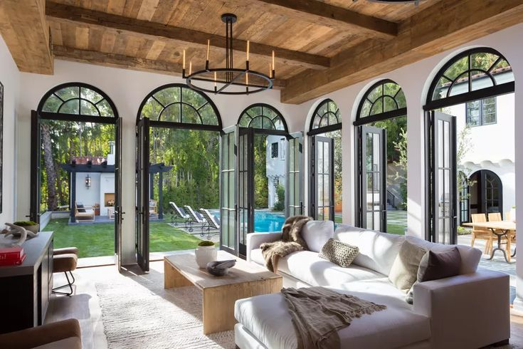 1930s Spanish Style In Los Feliz Is Glammed Up For 8 5m Spanish Style Homes Spanish Revival Home Spanish Style House