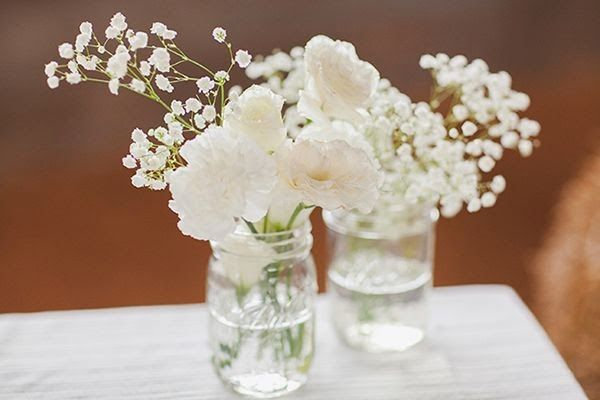 Les moineaux de la mariée : du gypsophile de mariage. Le gypsophile est LA solution pour une jolie décoration florale sans se ruiner !