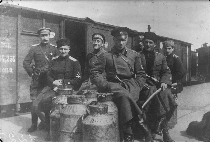 Permikin, Bulak-Balakhovich and other officers of the Yudenich army. April of 1919.