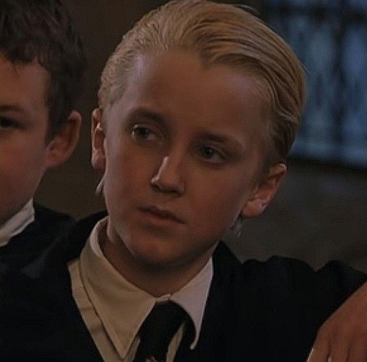 Pin By Who On Draco Malfoy Draco Malfoy Harry Potter Draco Malfoy Draco Harry Potter