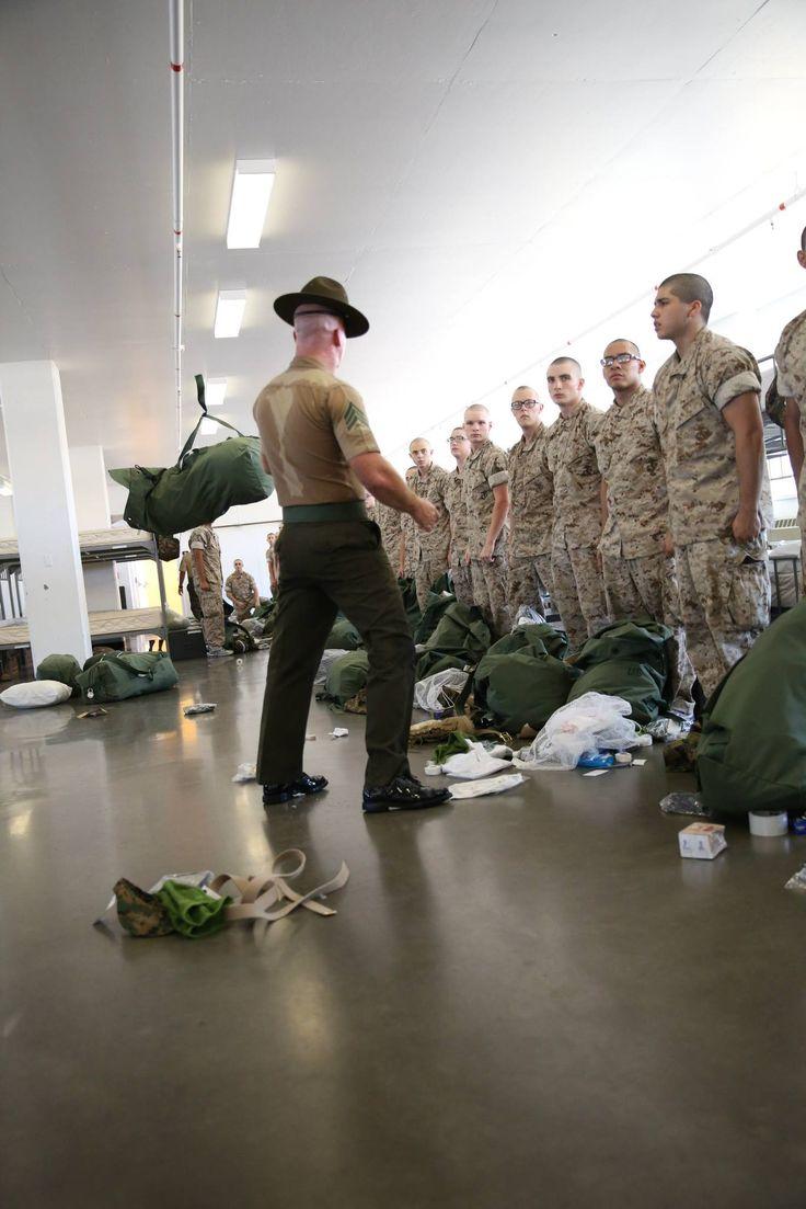 #MarineCorpsRecruitDepotSanDiego ...... Recruits of ...