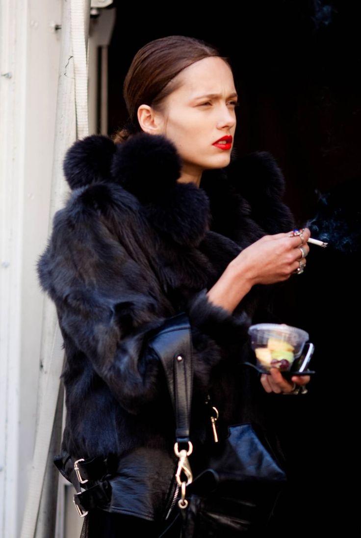 +: Fashion, Street Style, Smoking, Red Lips, Street Styles, Fur, Black, Karmen Pedaru