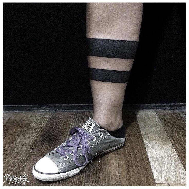 The black stripes done by @annekefitrianti . . #blackbandtattoo #blacktattooart #btattooing #blacktattooing #linework #lineworktattoo #inkstinctsubmission #blackworktattoo #taot #blackworkerssubmission #tattoolife #blacktattoo #lineworks #blackworks #dotworks #occultart #blacktattoomag #inkedblaq  #tattoojogja #jogjatattoostudio #INDONESIA #blacktattooartist