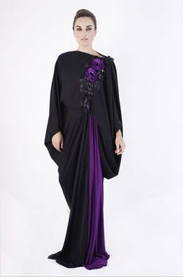 dascollection.com - gorgeous abayas    I would love a neatly draped and color blocked abaya like this.