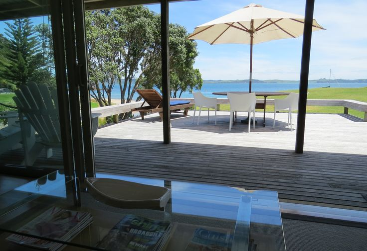 Bay of Islands Beachfront Vacation Rental Tapeka Del Mar in Russell, Northland