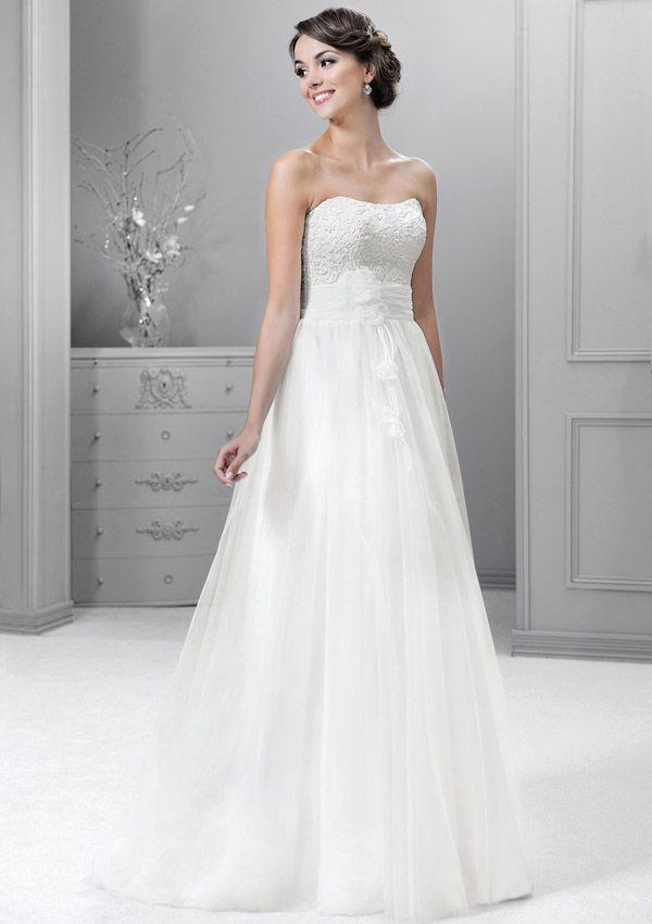 19 best Brautkleider images on Pinterest | Wedding frocks, Bridal ...
