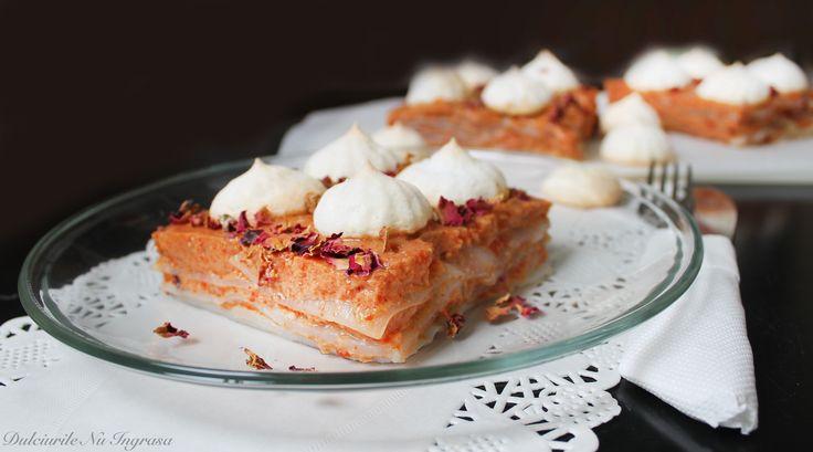 Prajitura cu Paste din Faina de Kojnac,  Crema cu Fructe Goji si Bezele Crocante (fara zahar, fara gluten, 100% sanatoasa)