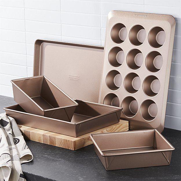 Kitchenaid Professional Nonstick 5 Piece Bakeware Set Dwell Bakeware Set Kitchen Aid Bakeware Gift