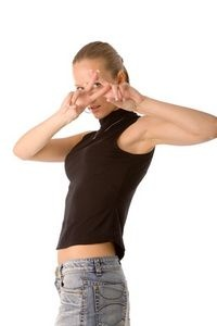 How to Remove Pit Stains from a Black Shirt
