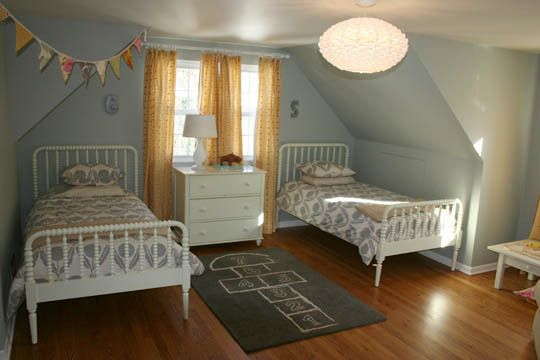 Love the jenny lind the curtains and the cape cod attic for Cape cod attic bedroom ideas