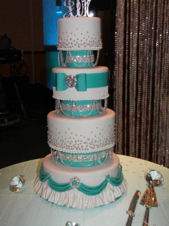 Stunning Tiffany blue wedding cake