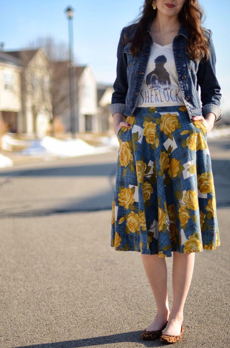 Saia floral + jaqueta jeans