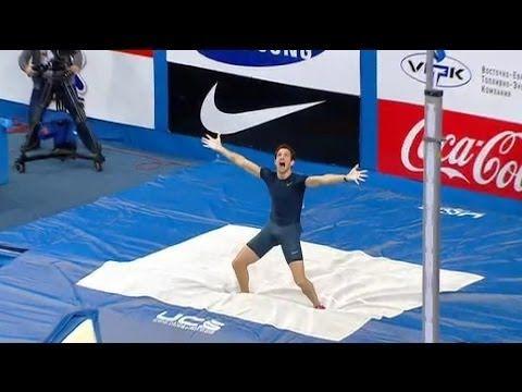 Renaud Lavillenie bat le record du monde de saut à la perche à 6,16 mètres - 15/02 - YouTube Merci Renaud, tu m'as fait un beau cadeau pour ma fête :-))) et bravo ! et merci à Bubka pour son sourire sincère !
