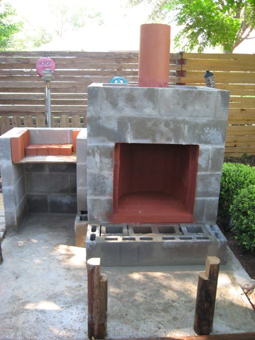 decorate cinder block | concrete foundation and set posts for benches. Layed cinder block ...
