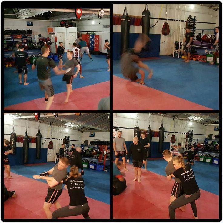 Some warm up and drills in MMA tonight  #basildon #fitness #health #essex #tonywillis #training #coaching #martialarts #selfdefense #mma #bjj #5elementsuk #twitter