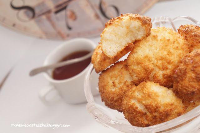 Maślane ciasteczko: Kokosanki. Pyszne ciastka kokosowe z białek