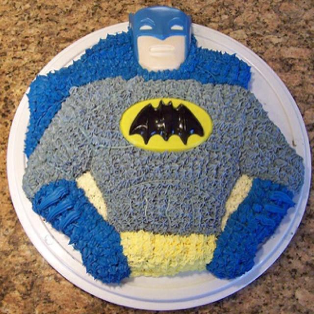 S Batman Wilton Cake