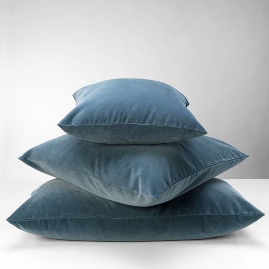 velluto pillow grey