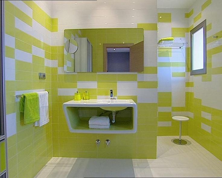 baño verde y blanco Find yours at http://tileinyourhome.wordpress.com/