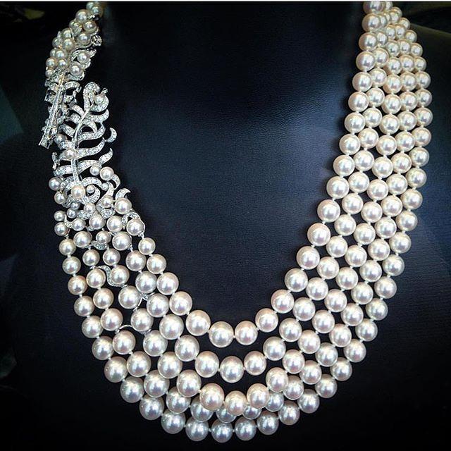 Gorgeous @chanelofficial via @angeloxdexluca !! #highjewelry #finejewelry #hautejoaillerie #art #girl #dream #royal #queen #jewelry #love #luxury #luxurydesign #luxurystyle #luxurylifestyle #luxuryjewelry #instagood #instagram #instalike #instamood #instadaily #inspiration #instafollow #mydubai #dubai #dubailife #dubaimall #diamonds #pearl #fabulous #amazing