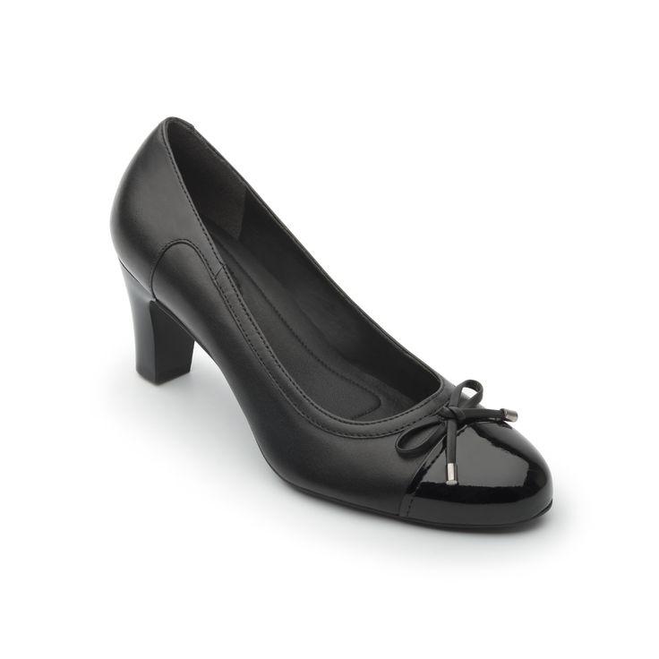 Línea de zapato semivestir de tacón de altura media. las combinaciones de texturas exóticas, pieles grabadas o lisas y charol la hacen una línea femenina y sofisticada. los nuevos estilos son de corte suave y ajuste con elástico en boca y en estilo de puntera con moño decorativo.
