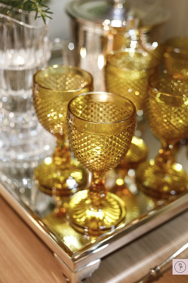Yellow glasses | Copos bico de jaca