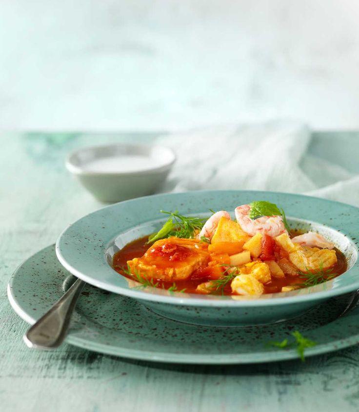 Syrlig fiskcurry med gurkmeja | Recept på Taffel
