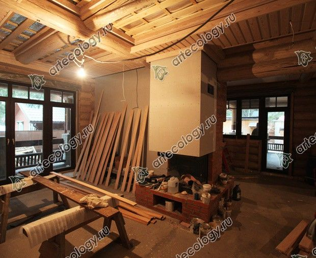 Реконструкция дома из лиственницы 2012 год. Камин до отделки.