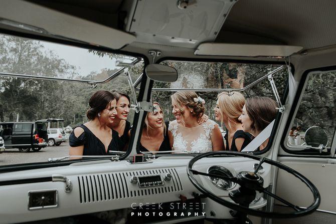 Kombi wedding - bridesmaids