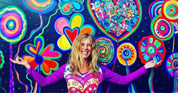 Muy buenos días y un genial y colorido comienzo de semana para todos!!! #patogilvillalobos #happyartbypato #flowers #artealdia #artistarioplatense #art #arty #miamiart #artsale #arteemfoco #artefeliz #artgallery #avantarte #deviantart #artnouveau #artesalvaje #happypopart #happypop #flow #flowerpower #instaartista #instaartist