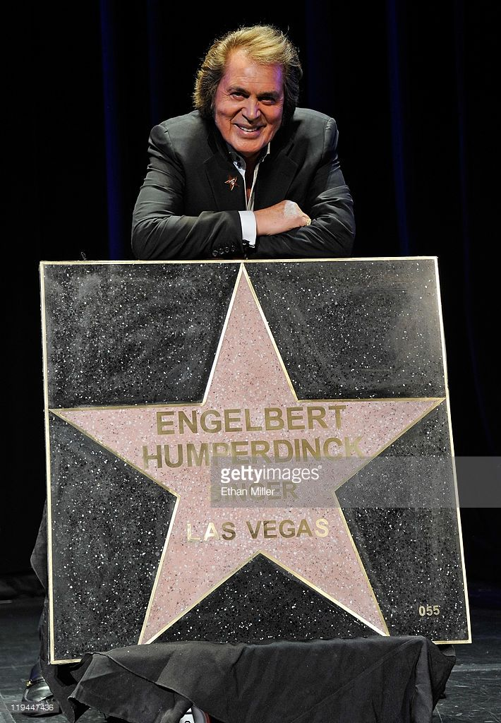 Singer Engelbert Humperdinck appears with his star at the Paris Las Vegas during his Las Vegas Walk of Stars dedication ceremony July 20, 2011 in Las Vegas, Nevada. The star will be placed outside the resort on July 21.