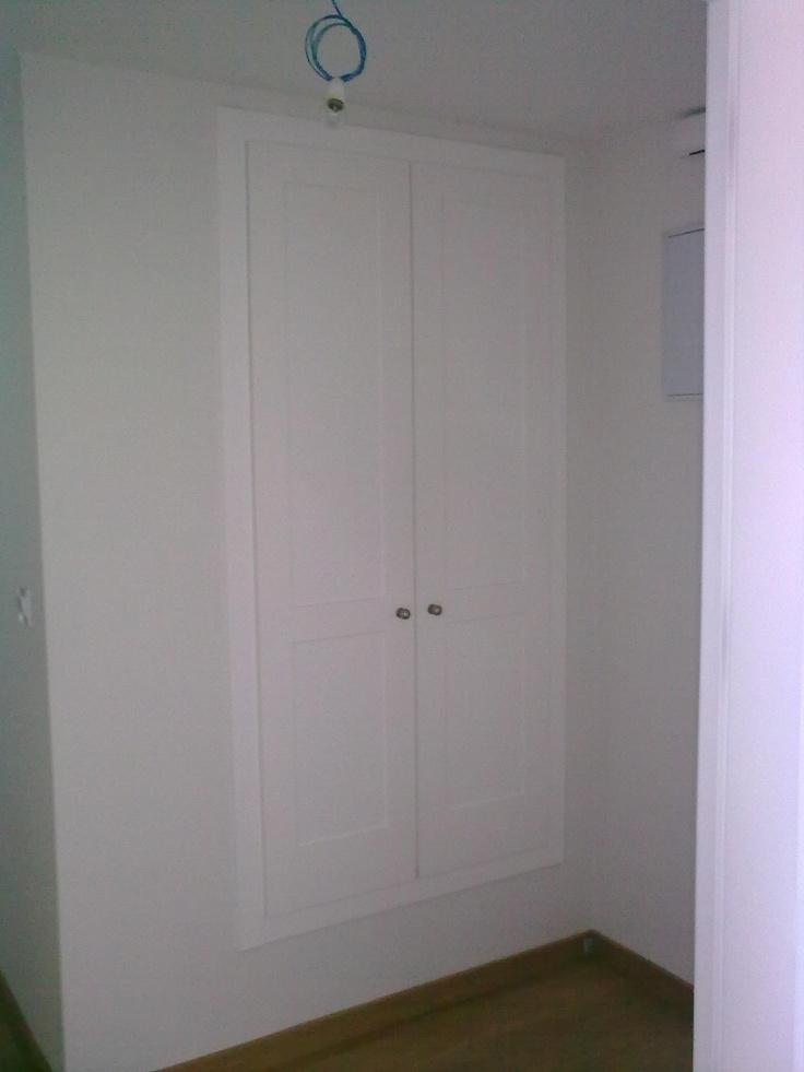 Lacado blanco en entradita piso armarios de puertas - Puertas de piso ...