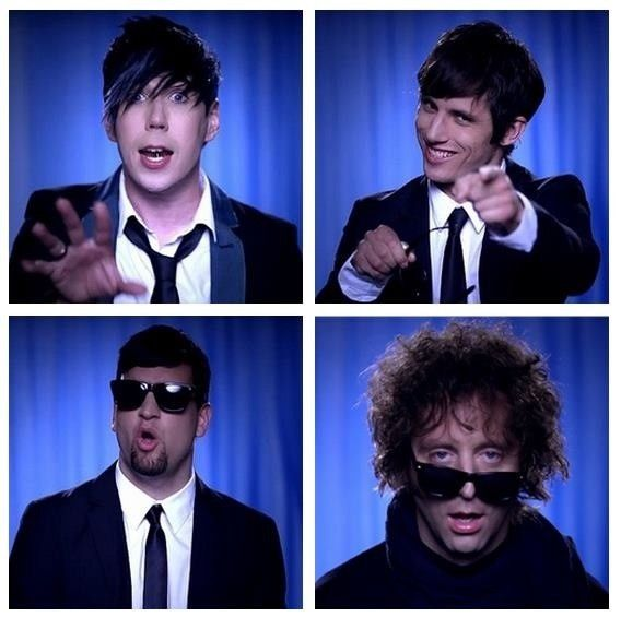 From the Desperate Measures video  Marianas Trench