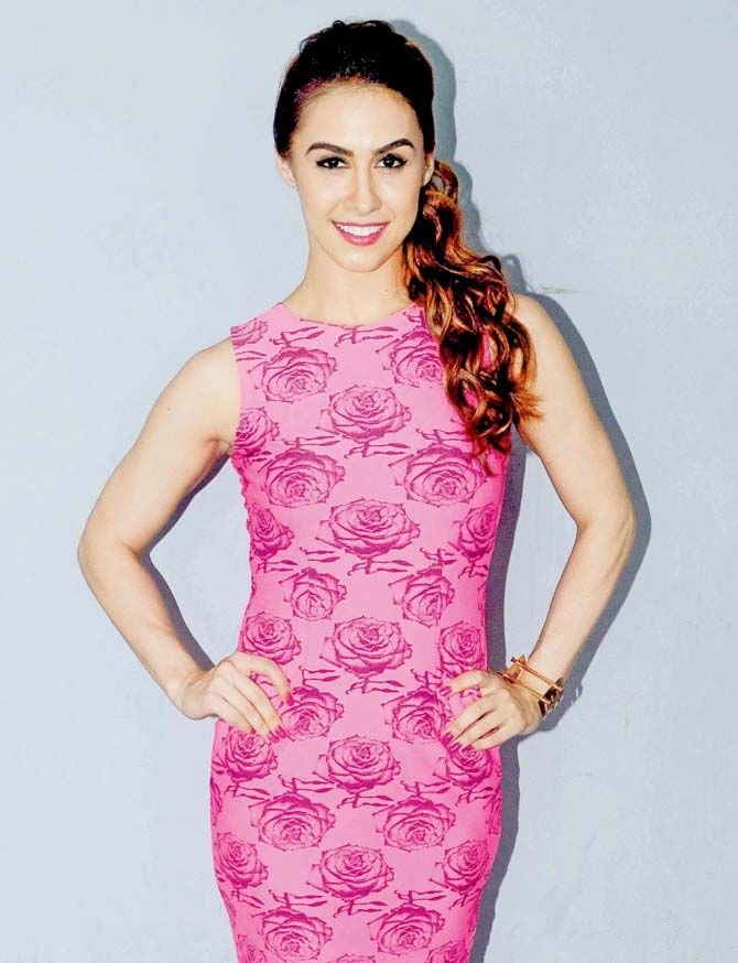 Lauren Gottlieb promoting 'Welcome To Karachi'. #Bollywood #Fashion #Style #Beauty