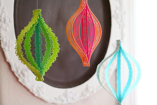 Staple border punched paper together for quick & easy party decor. www.fiskars.com