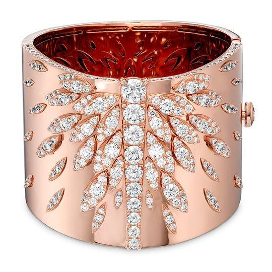 Hearts On Fire White Kites Cuff Diamond bangle. This diamond bracelet is availab…