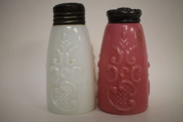 Pair Victorian Salt Shakers - Tappered Scroll - #30 #Victorian