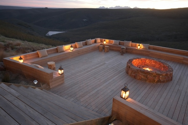 Can you picture yourself along with your nearest & dearest enjoying evenings round this fire-pit?