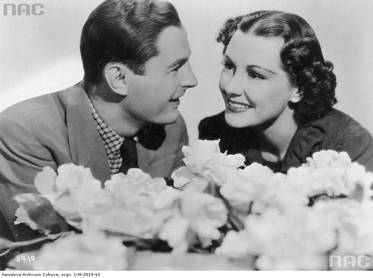 """Jan Kiepura i Gladys Swarthout w scenie filmu """"Daj mi tę noc"""", 1936."""