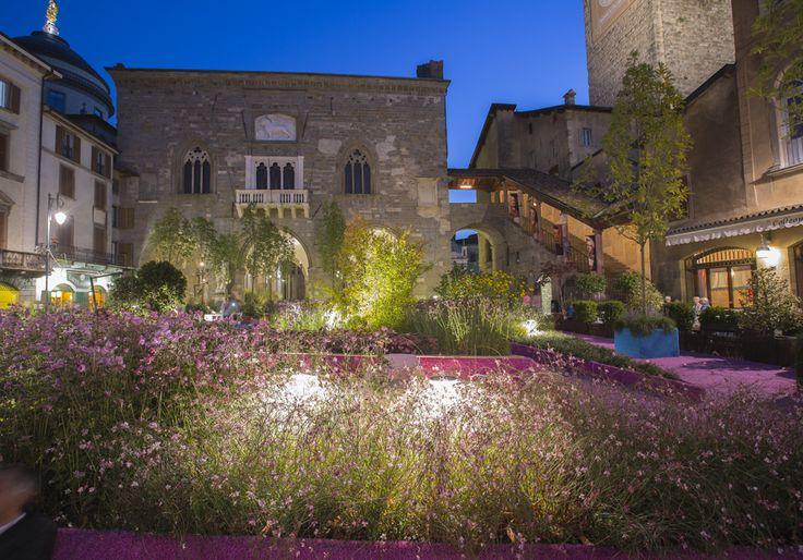 #illuminazione di spazi verdi e fiori per #iMaestridelPaesaggio