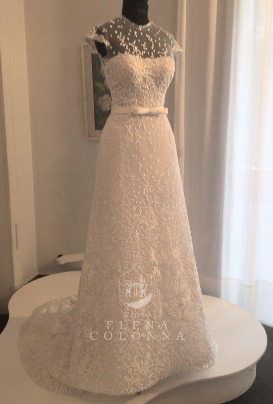 """""""Collezione sposa 2016 by L'Atelier Elena Colonna. Linee pulite e tessuti raffinati per l'abito da sposa dei sogni"""""""