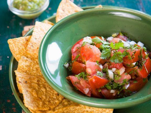 Tomaten-Koriander-Salsa ist ein Rezept mit frischen Zutaten aus der Kategorie Salsa. Probieren Sie dieses und weitere Rezepte von EAT SMARTER!