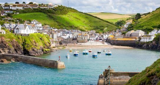 Port Isaac | North Cornwall | c Shutterstock