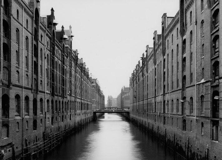 Gabriele Basilico: Hamburg, 1988.