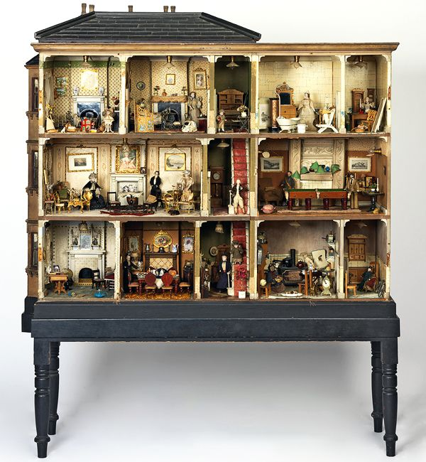 Victorian Dollhouses | Miss Miles' House from 1890 is the only posh Victorian doll house in ...